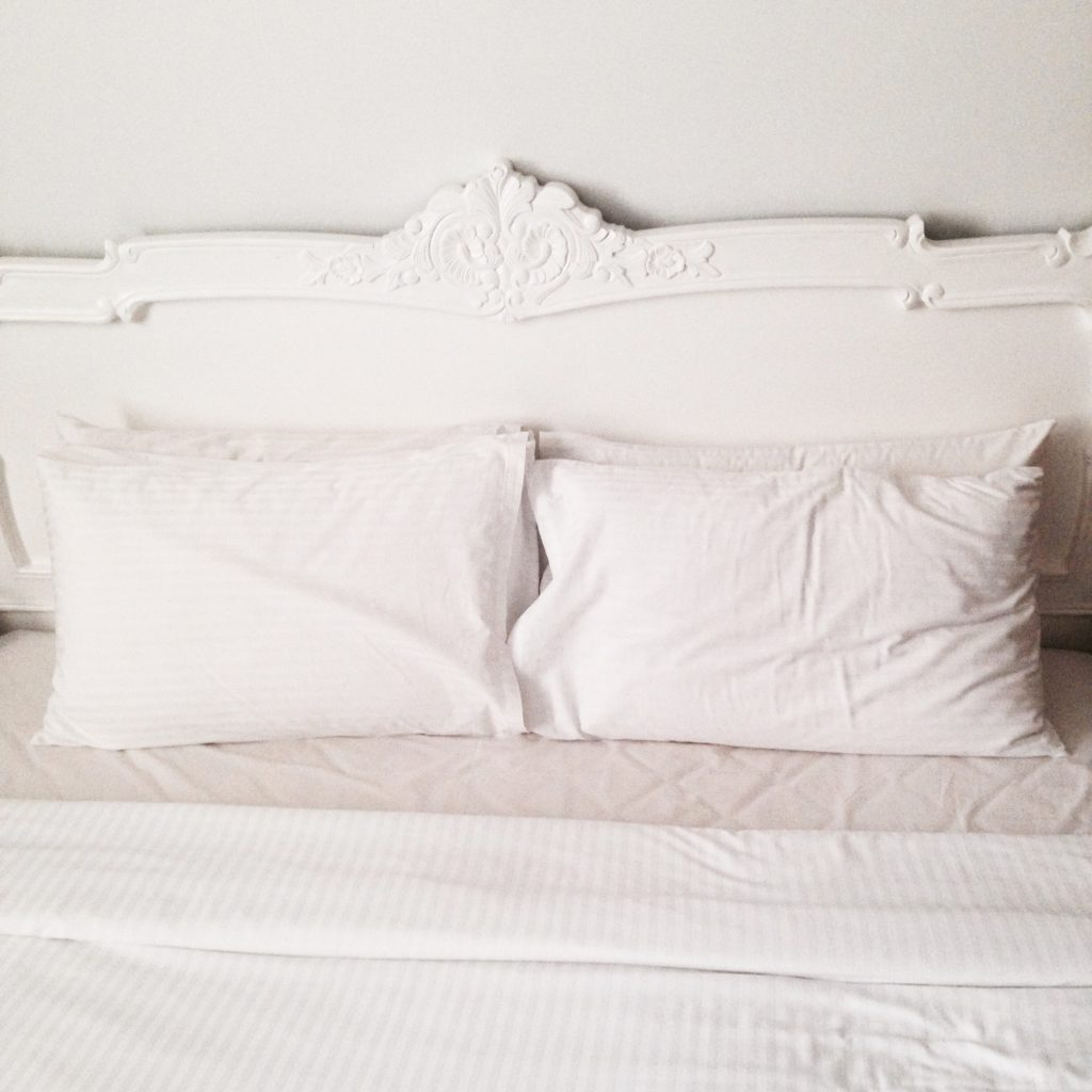 colchon con almohada