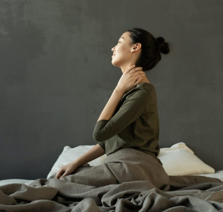 dolor de espalda en cama