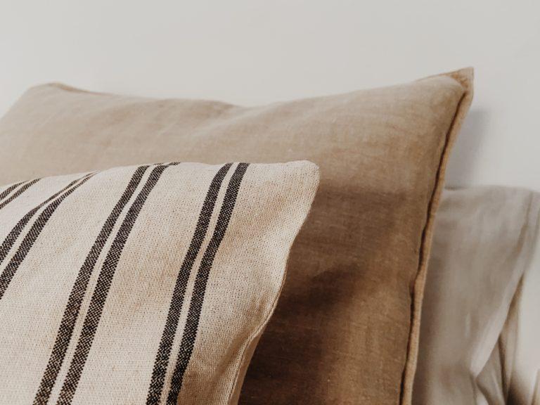 tres almohadas